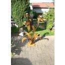 Edelrost Blume mit Edelstahlkugeln